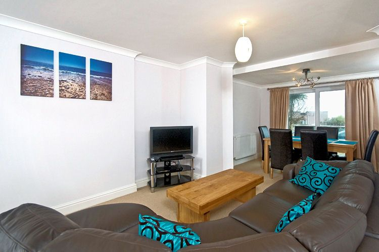 1 Golden Bay  Newquay